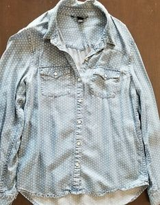 Chambray polka dot button down M